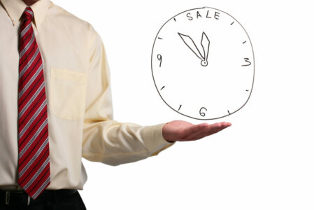 dreamstime_m_16651633 clock time to sell